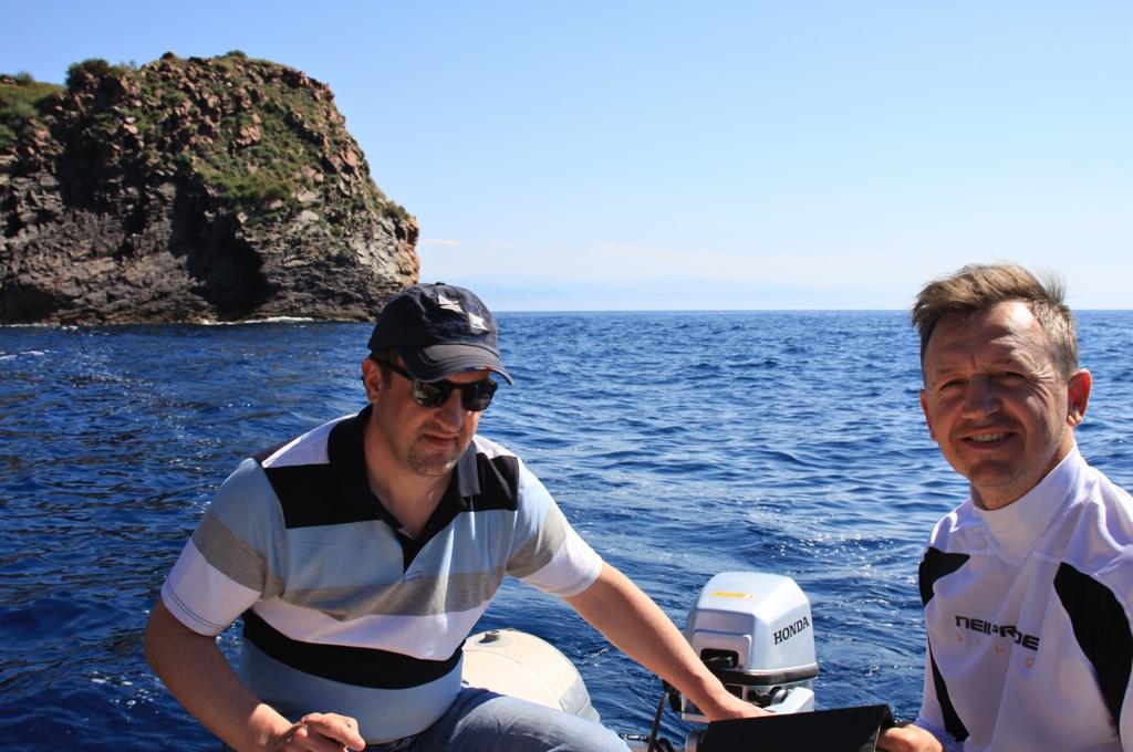 Ausflug in die Grotte an der Westseite von Lipari
