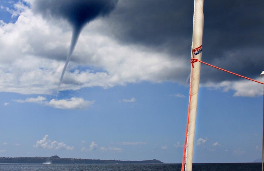 Tornado voraus