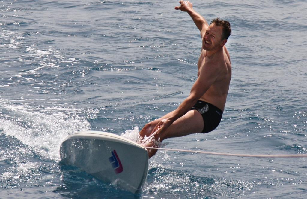 Viktor Surf